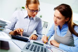 Woman talking to an accountant
