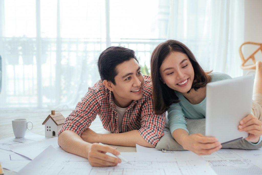 Couple new condominium planning