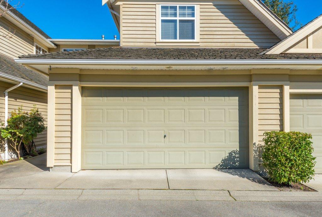 garage door of a modern house