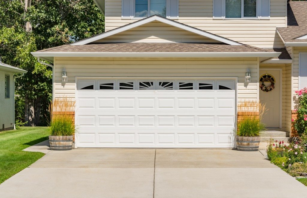 exterior of a closed garage