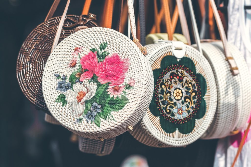 bags with embroidery