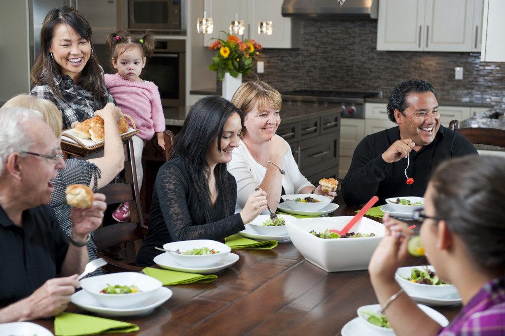famliy eating together