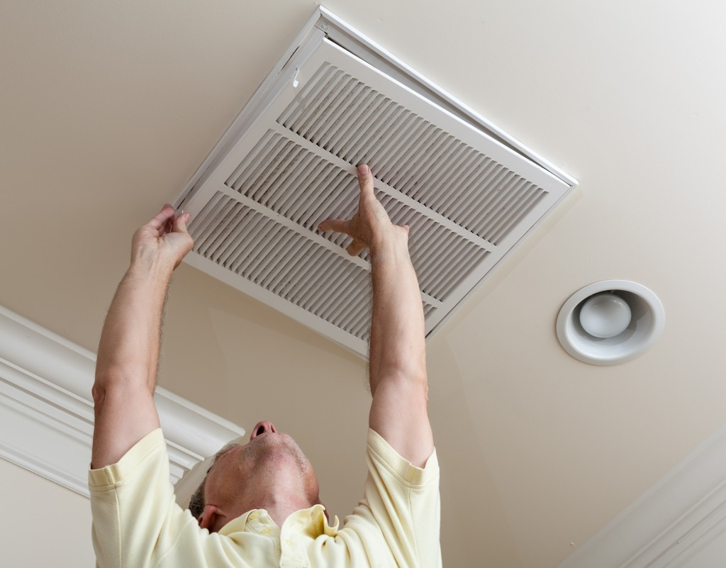 inspect air ducts